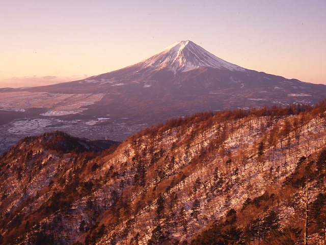 山梨県三つ峠 富士山 朝焼